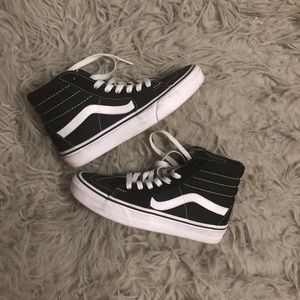 High Top Classic Black and White Vans